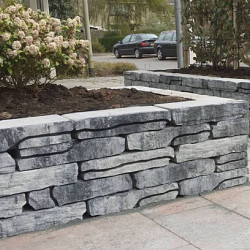 STONE WALLING (EXCLUTON)