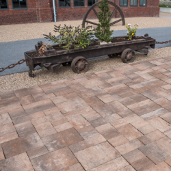 EVERTON CAMELOT PAVING (Redsun)